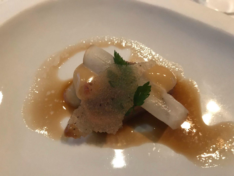 Gruß der Küche Tunfisch Thunfisch Sashimi Rettich Erfahrung Wilbrand Post Odenthal Foodblog Sternestulle