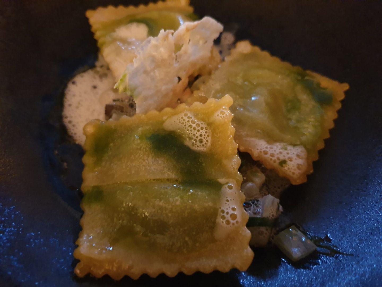 Bärlauch-Ravioli mit getrüffeltem Scamorza Erfahrung Bewertung Kritik Backmulde Ladenburg Foodblog Sternestulle