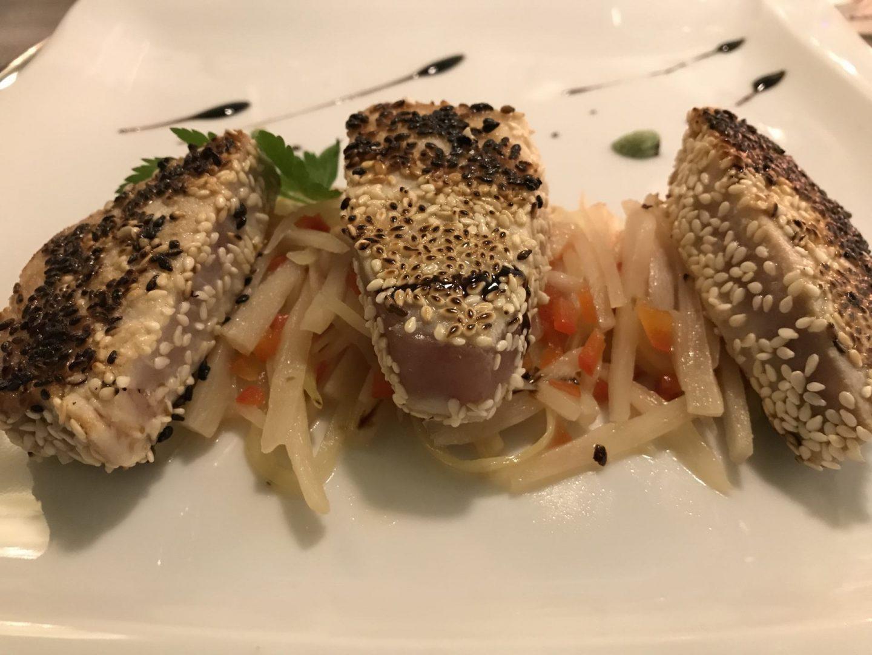 Erfahrung Bewertung Kritik Ollis Restaurant Herne weißer Thunfisch Tunfisch Sesam Staudensellerie Schwarzwurzel Wasabi Foodblog Sternestulle