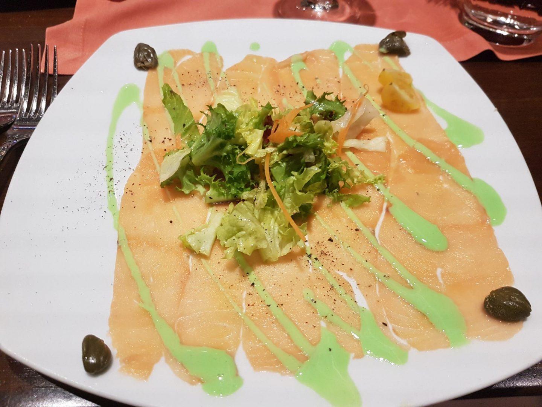 Erfahrung Bewertung Kritik Gourmetpaket Mein Schiff Surf and Turf Steakhouse Lachscarpaccio Foodblog Sternestulle