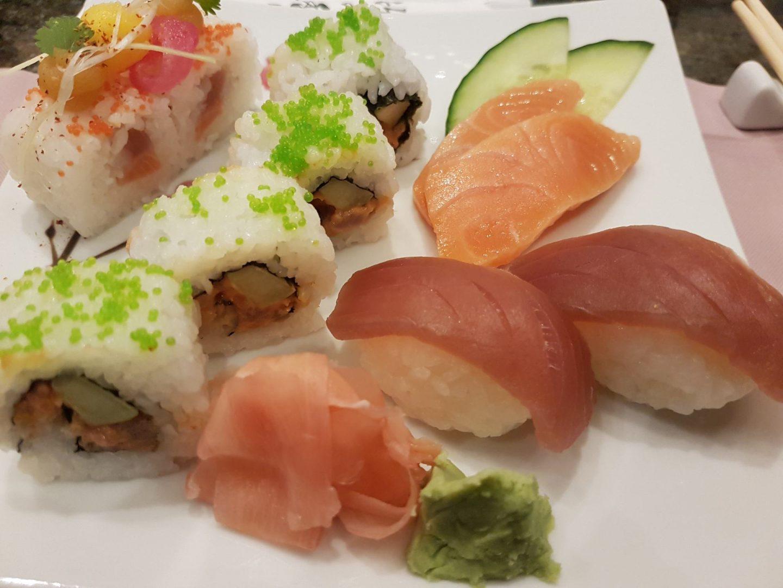 Erfahrung Bewertung Kritik Gourmetpaket Mein Schiff Hanami by Tim Raue Sushi Sashimi Lachs Tuna Foodblog Sternestulle