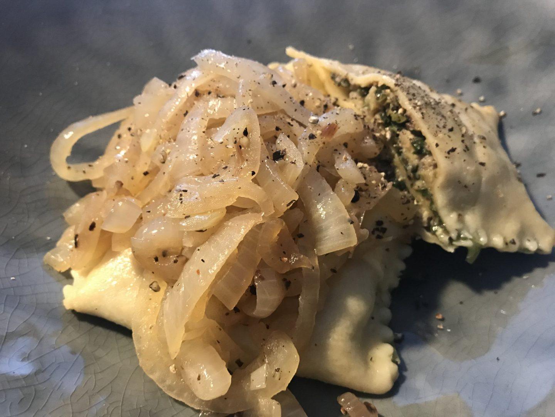 Rezept Rezeptidee Maultaschen mit Wirsingfüllung und Zwiebeln Foodblog Sternestulle