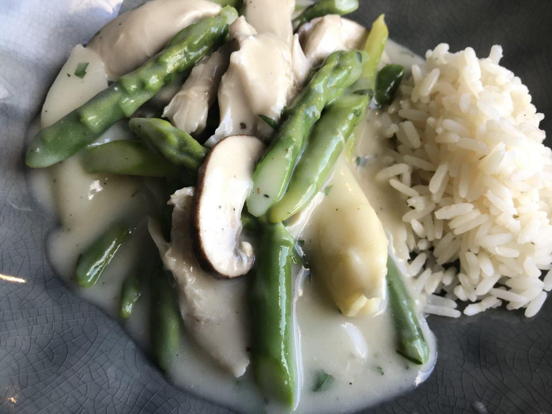 Rezept Rezeptidee Hühnerfrikassee mit Pilzen und Spargel Foodblog Sternestulle