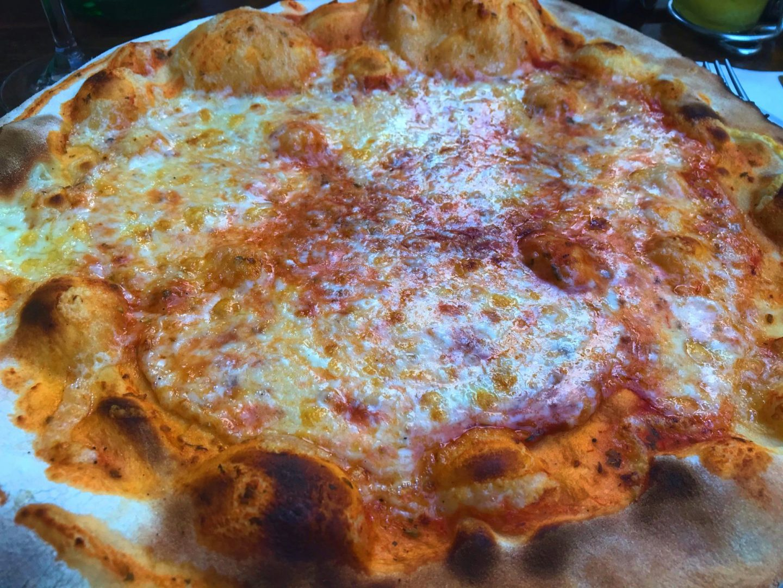 Erfahrung Bewertung Kritik Caminetto Köln Pizza Margherita Foodblog Sternestulle