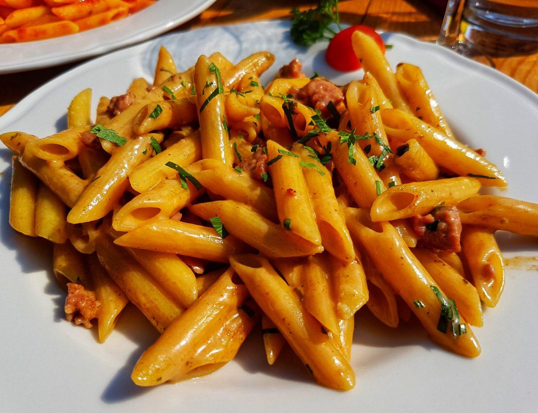 Erfahrung Bewertung Kritik Neidia Hütte Seceda Sankt Christina Penne Salsiccia Foodblog Sternestulle