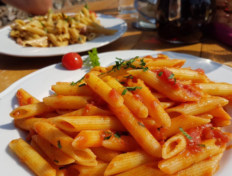 Erfahrung Bewertung Kritik Neidia Hütte Seceda Sankt Christina Penne Arrabiata Foodblog Sternestulle