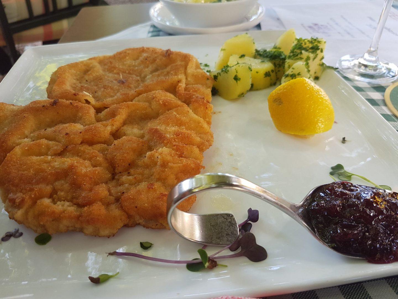 Erfahrung Bewertung Kritik Kirchenwirt Reith im Alpbachtal Wiener Schnitzel Foodblog Sternestulle
